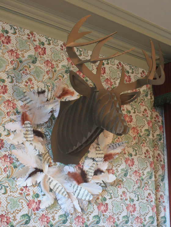 Feather wreath with Deer-Head