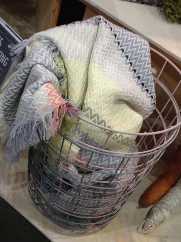 Dwell-Throw-&-Baskets