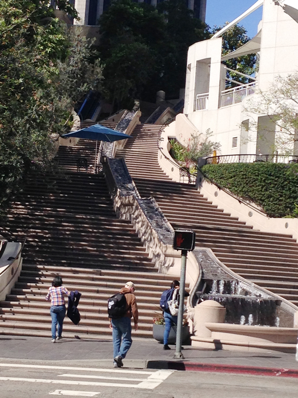 Stair-Fountain-in-LA