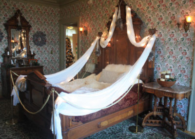 Holiday Decor Ideas Victorian Rooms